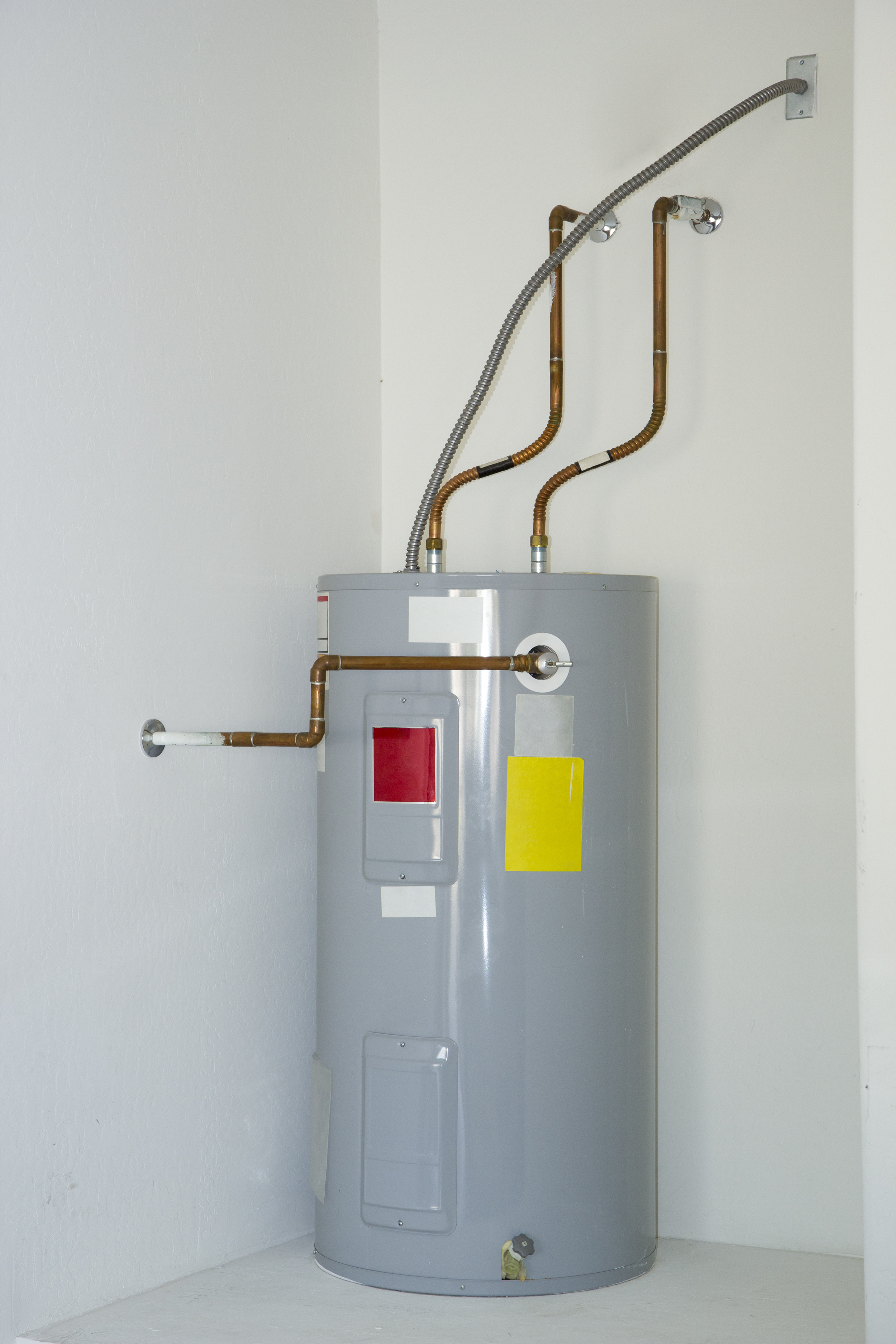 Traditional vs tankless for Water heater pipe
